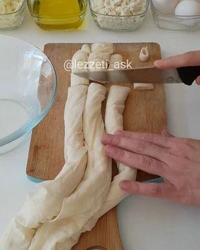 Sufle Börek Tarifi için Malzemeler 1 su bardağı sıvı yağ 2 su bardağı süt 3 adet yumurta 3 adet yufka 1 kase lor peyniri 1 kase kaşar peyniri [caption id=