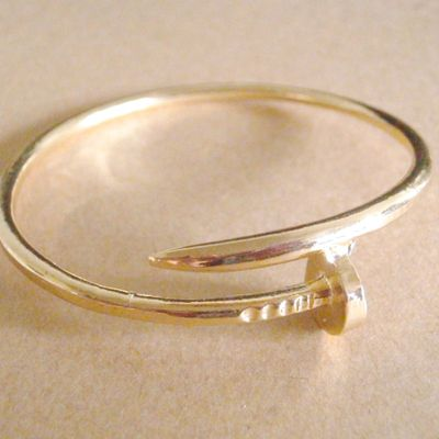 Luxe gold nail bangle