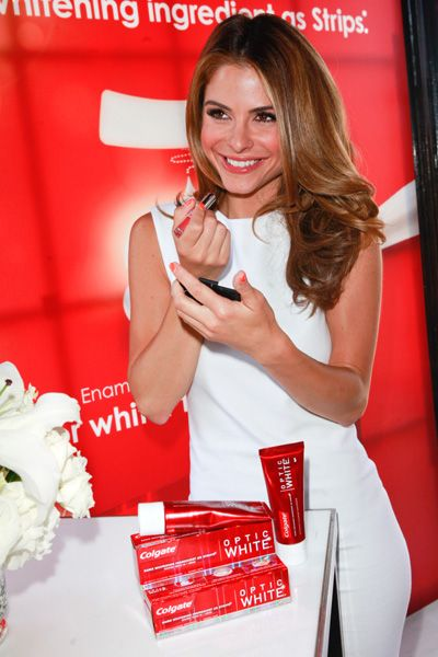 Maria Menounos, Ashley Tisdale spotted at Colgate Optic White Beauty Bar: Spring Makeup, Hair Colors, Beautiful Bar, Beauty Bar, Makeup Boards, Makeup Ft, Natural Hair, Colgat Optical, Ashley Tisdale