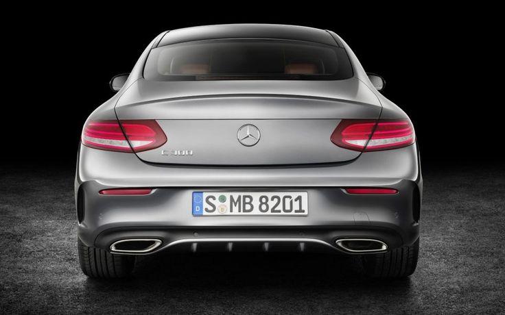 Les moteurs de cette Mercedes ClasseC Coupé entraînent tantôt les roues arrière, tantôt les quatre roues.