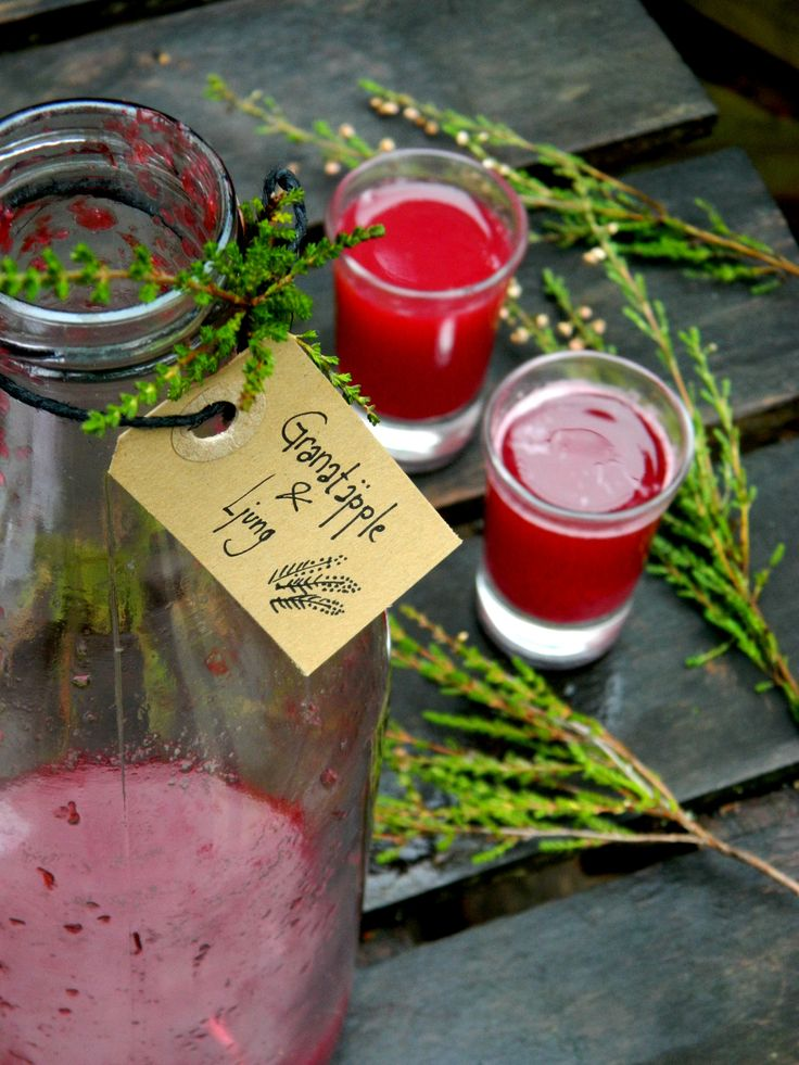 Selinas Ekologiska Meze. Pomegranate & Heather Juice. Calming & Nutritious