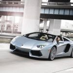 2014 Lamborghini Aventador LP700-4 Roadster price, review, and specification
