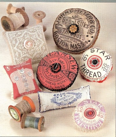 Vintage Threads >> love coming across these in flea markets and antique shops!  (better yet, in yard sales)  :-): Thread Spools, Vintage Pincushion, Pin Cushions, Pincushion Patterns, Artworks Prints, Downloads Vintage, Vintage Artworks, Pincushion Epattern, Sewing Patterns