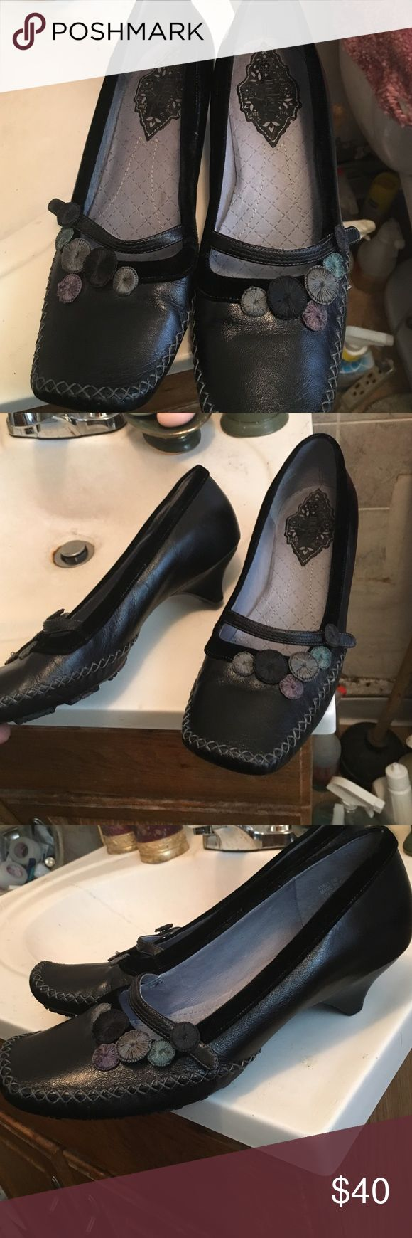 Indigo shoes They are pre owned in great condition!! Indigo by Clarks Shoes Flats & Loafers