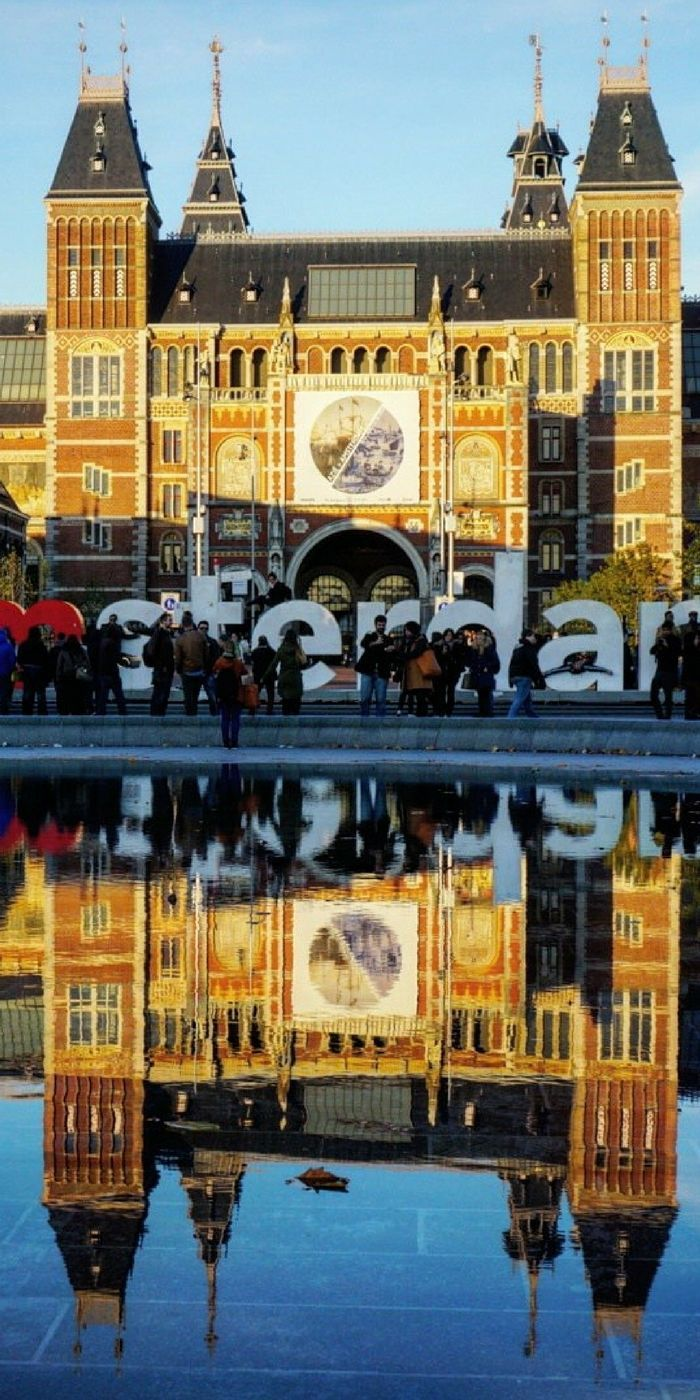 Ultimate Amsterdam Bucketlist: Everything you should see, do, eat and visit in the Netherlands.