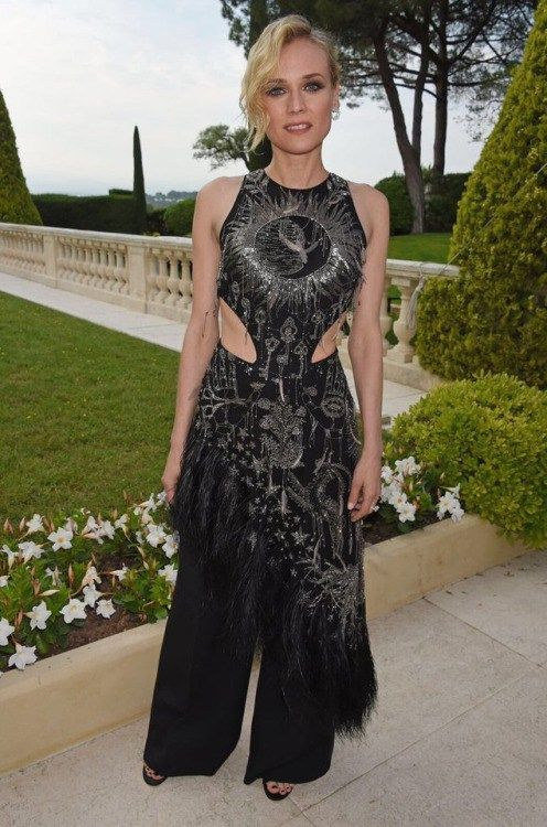 aries0331: Diane Kruger in Alexander McQueen attends the amfAR