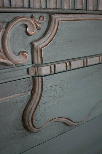 Chalk Paint® with Crackle