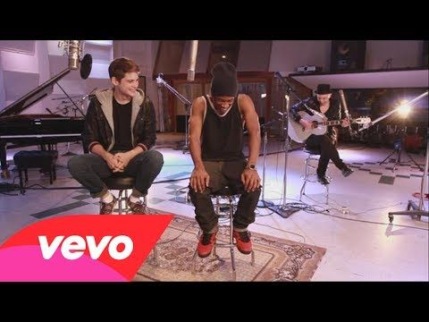 MKTO - Heartbreak Holiday (Acoustic Version) probably my favorite song on the new album!!! acoustic version is perfect!!!
