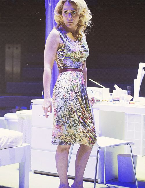 If only I could win the lottery, get an expedited passport, and fly to London to see this play... Gillian Anderson in A Streetcar Named Desire.