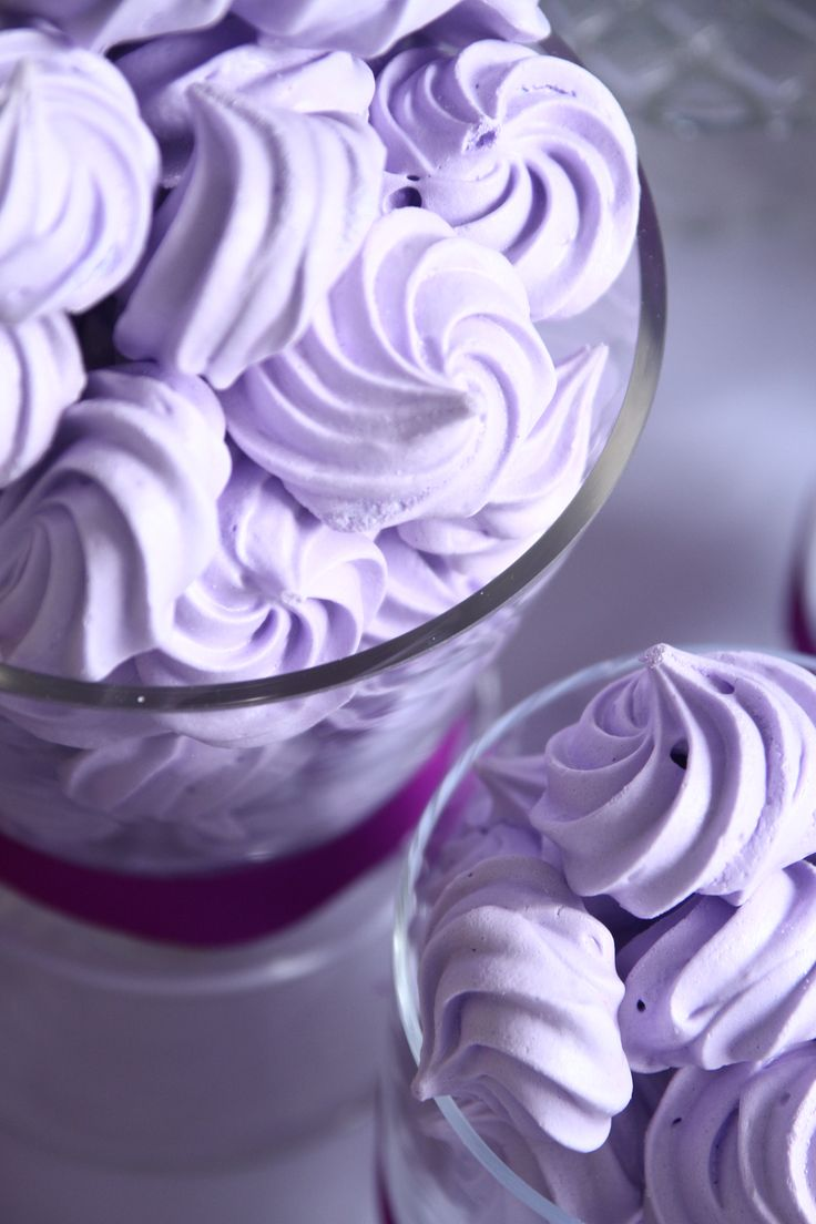 Meringue Kisses by Cuppy Puppy