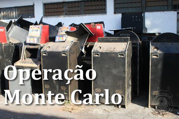 Goiânia News: Oito delegados de Goiás envolvidos com Carlinhos Cachoeira são demitidos.