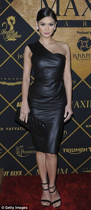 Understated but gorgeous Miss Universe Pia Wurtzbach opted for all black
