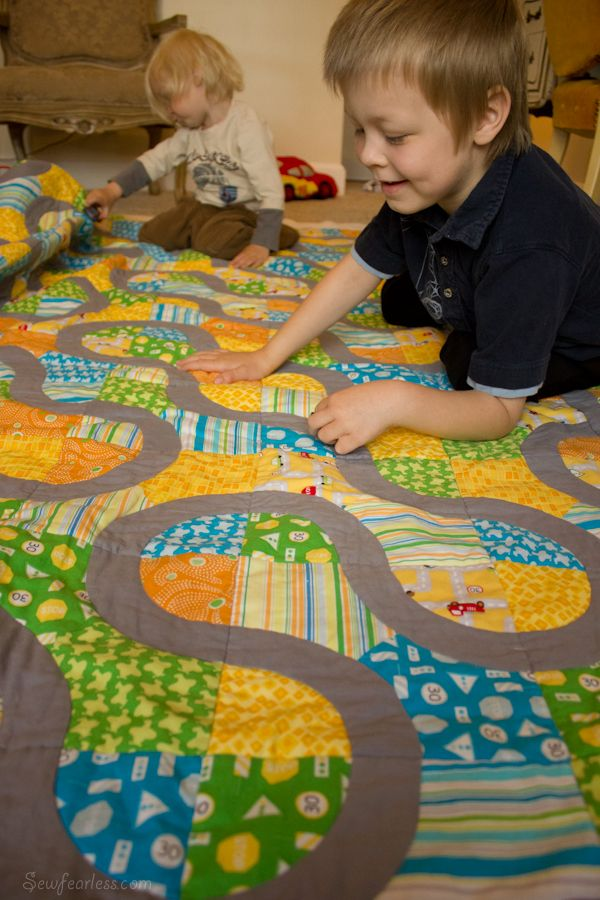 This is a brilliant partial circles quilt.