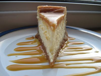 White Chocolate Caramel Cheesecake | Cocinando con Alena