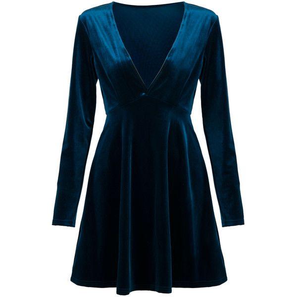 Blue Plunge V-neck Long Sleeve Velvet Skater Dress (2.050 RUB) ❤ liked on Polyvore featuring dresses, vestidos, v-neck dresses, v neck dress, long-sleeve velvet dresses, velvet dress and blue dresses