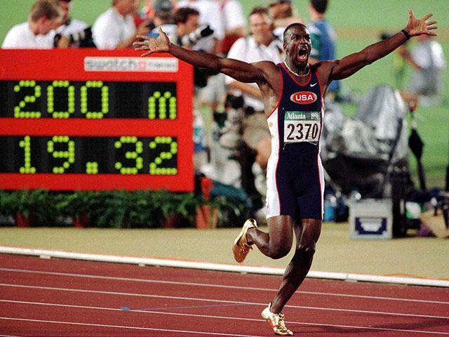 Michael Johnson breaks world record 200m at 1996 Olympics