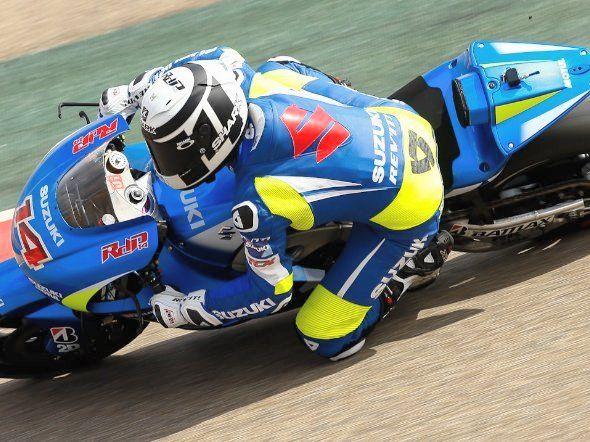 Suzuki puso en pista la moto de 2014