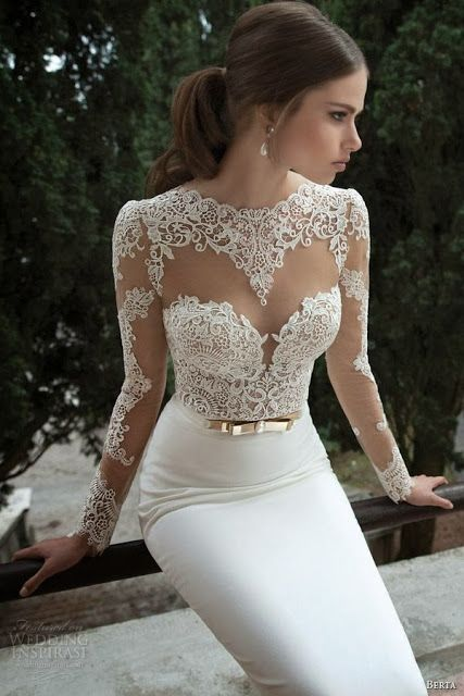 Adorable lace art wedding dress for ladies