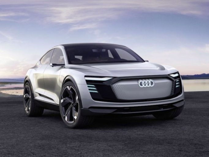 Audi 2020 Electric Suv Rumors In 2020 Audi E Tron Car Audi