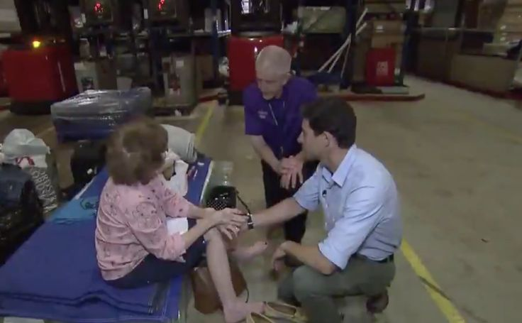 WATCH: Texas Hero 'Mattress Mack' Gives Harvey Evacuee Special Gift For Her 84th Birthday