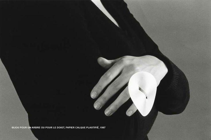 Carole Guinard, bijou pour un arbre ou pour le doigt, 1987