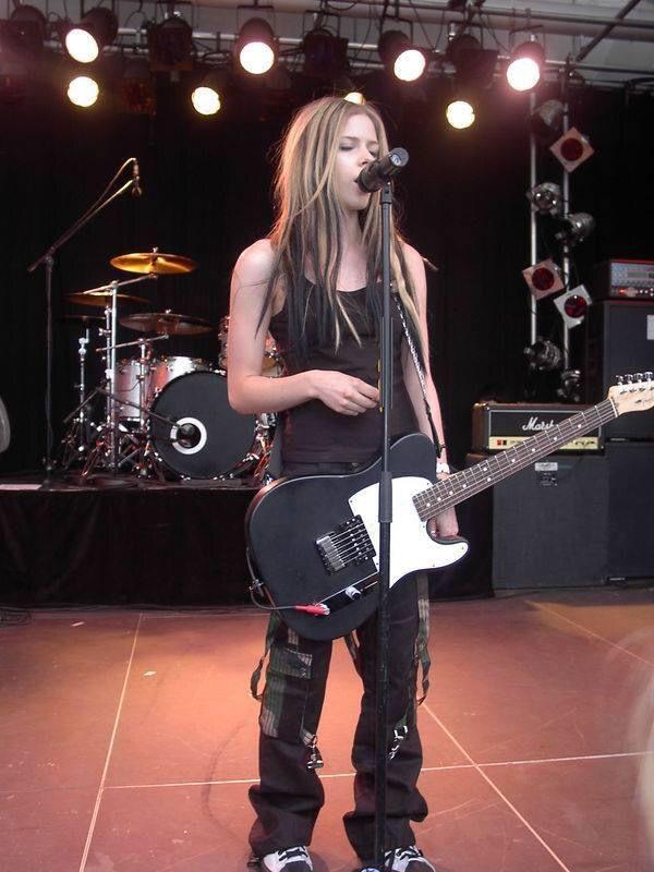 Avril Lavigne pop rock