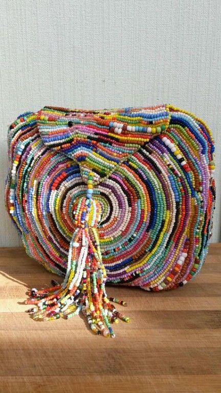сумочка вышита бисером, размер 18 х16 см, bead bag, beading