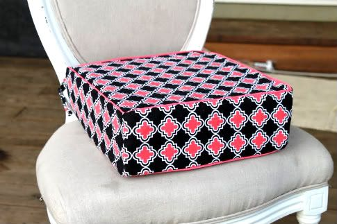 DIY booster Seat: Easy Tutorials, Diy Booster Seats, Blankets Tutorials, Easy Projects, Booster Seats Diy, Seats Cushions, Cars Seats, Sewing Tutorials, Baby Stuff