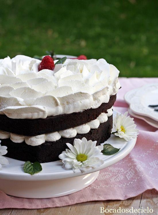 Bocadosdecielo: Tarta de chocolate y nata para San Valentín (en microondas)