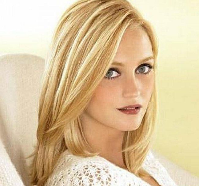 shoulder length hairstyles for thin hair   Best shoulder length haircuts for fine hair with side bangs