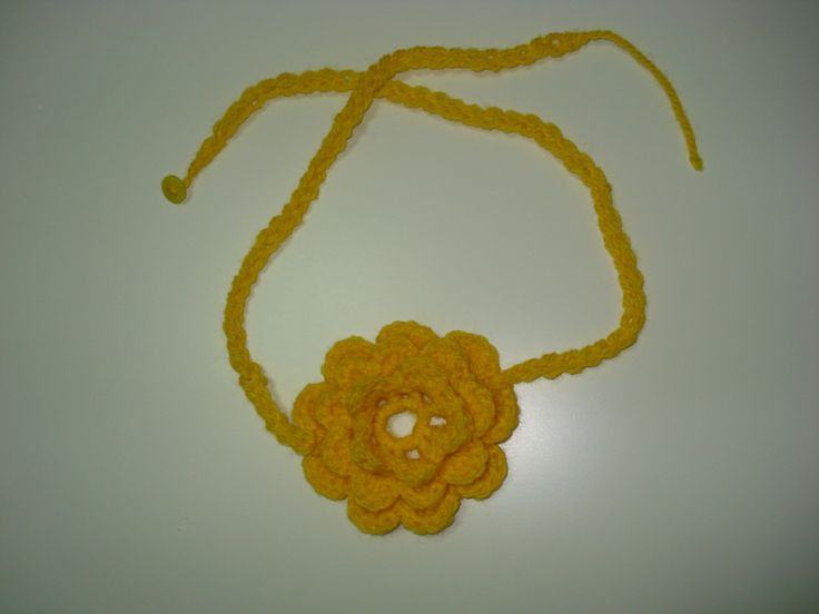Yellow flower for the neck