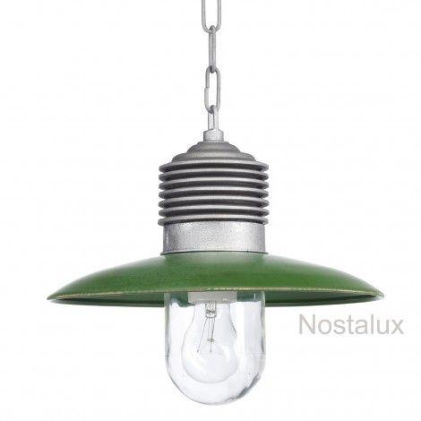 Hanglamp Ampere ketting Alu./Groen   Robuuste kettinglamp, geleverd met ketting (100cm). De deksel is in een trendy kleur groen uitgevoerd. De lamp beschikt over een E27 fitting en is dus LED geschikt. Staat prachtig onder bijvoorbeeld een veranda of prieel. Ook zeer geschikt voor uw buitenkeuken.   Al onze producten zijn CE gekeurd en hebben minimaal 3 jaar fabrieksgarantie.