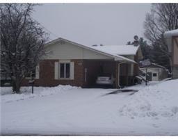 $184,900 K3575, 877 LAFLIN Avenue , CORNWALL, Ontario  K6J5J3