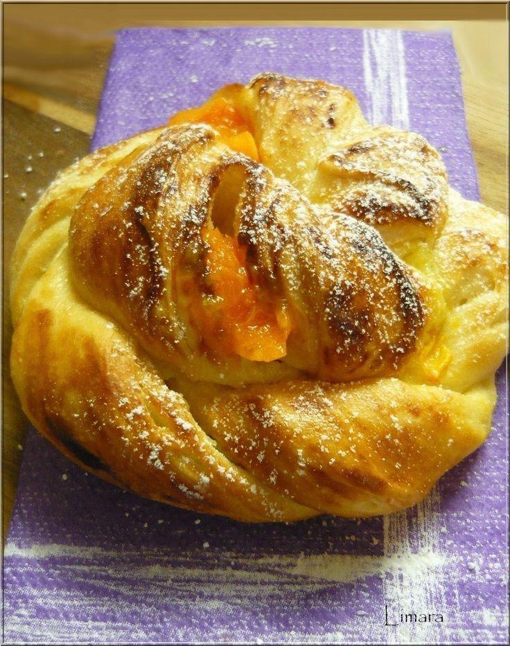 Limara péksége: Csavart vanília krémes-gyümölcsös briós