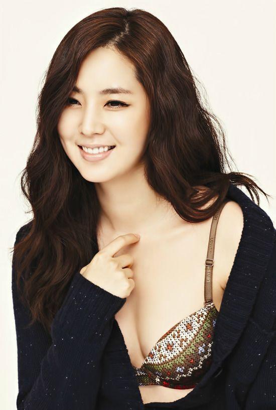 Han Chae Ah | Actress http://www.luckypost.com/han-chae-ah-actress-12/ #Actress, #CuteGirl, #HanChaeAh, #Korean, #Luckypost, #可爱的女孩在韩国, #韓国のかわいい女の子, #귀요미