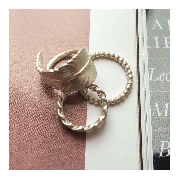 Silver rings >> http://www.janekoenig.com/rings.html