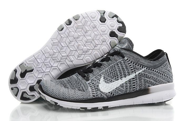 Migliore Nike Free Nero TR Flyknit Scare Ragazze Bianco Grigio Scarpe