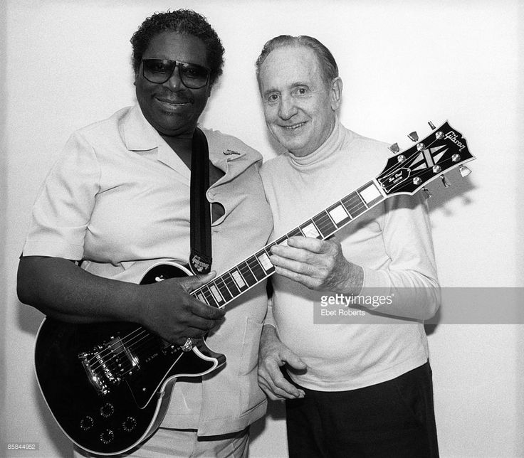 Photo of BB KING and Les PAUL