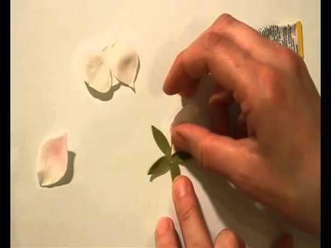 ▶ Как сделать ободок с цветами яблони из фоамирана материал на www.mylco.ru - YouTube