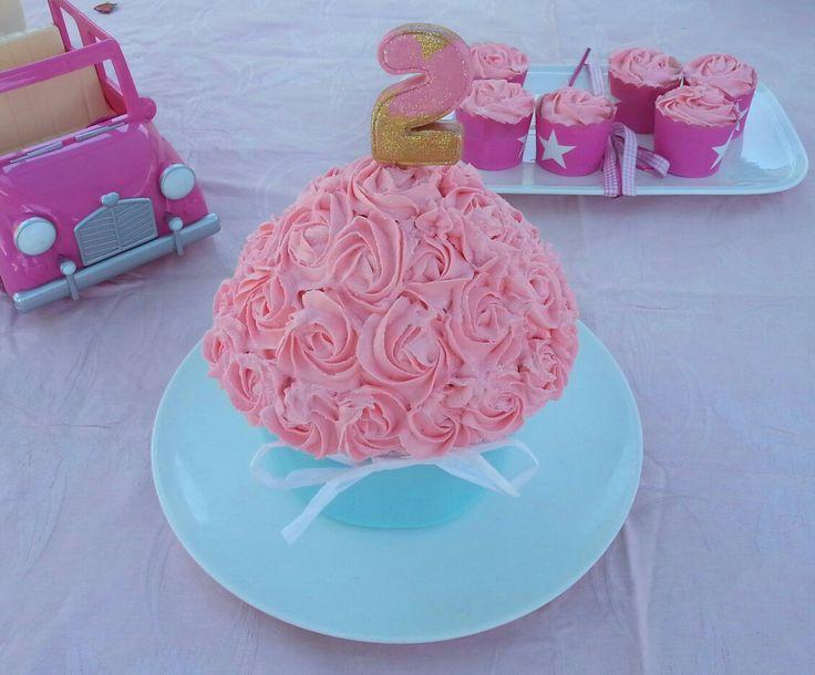 Maddies 2nd birthday cake 💖