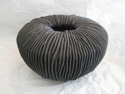 les 25 meilleures id es de la cat gorie atelier poterie sur pinterest atelier de poterie bols. Black Bedroom Furniture Sets. Home Design Ideas