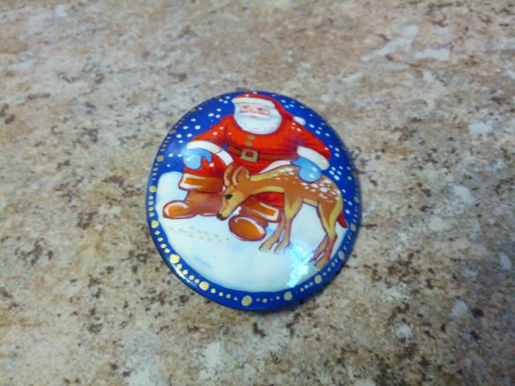 Lovely and vintage hand painted Russian lacquer brooch with Santa and his reindeer by Briebriesbling on Etsy