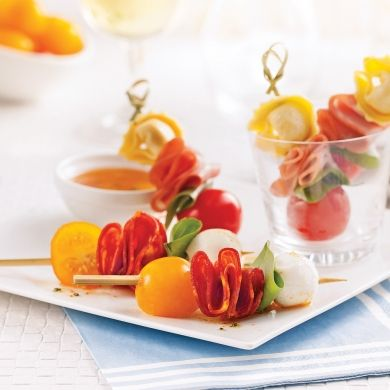 Duo de mini-brochettes antipasto - Recettes - Cuisine et nutrition - Pratico Pratique - Entrée - Tapas