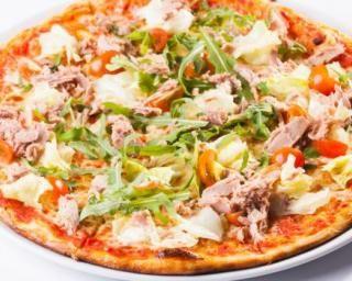 Pizza au thon, chèvre et asperges : http://www.fourchette-et-bikini.fr/recettes/recettes-minceur/pizza-au-thon-chevre-et-asperges.html