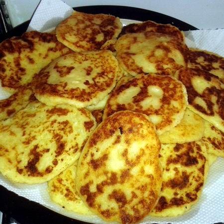 Egy finom Bolgár krumplis pogácsa ebédre vagy vacsorára? Bolgár krumplis pogácsa Receptek a Mindmegette.hu Recept gyűjteményében!