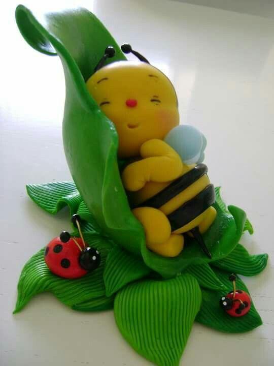 Paper Bumble Bee,Bumble Bee Die Cut,Bee Decoration,Scrapbook Die Cut,Scrapbooking Die Cut, THIS BUMBLE BEE DECORATION IS TOO CUTE!!!