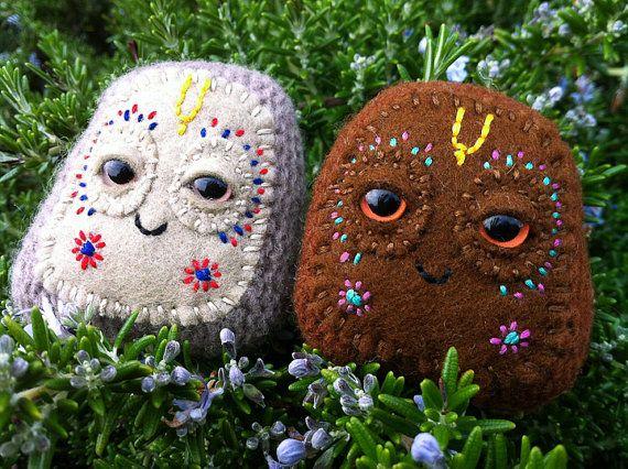 Awww...Govardhana ki jaya :) felt rocks oh so cute