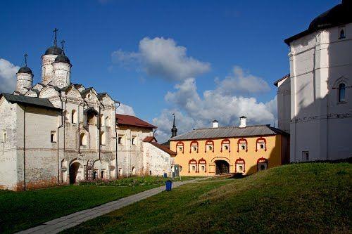 Храмы монастыря. Кириллов