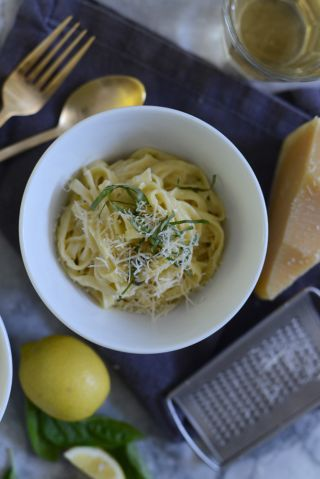 Pasta al Limone Recipe - Cupcakes & Cashmere