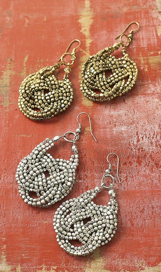 Knot earrings. simple with a twist... literally!